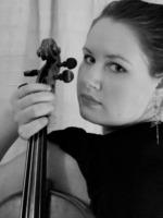 Lisa Bucknell, Viola